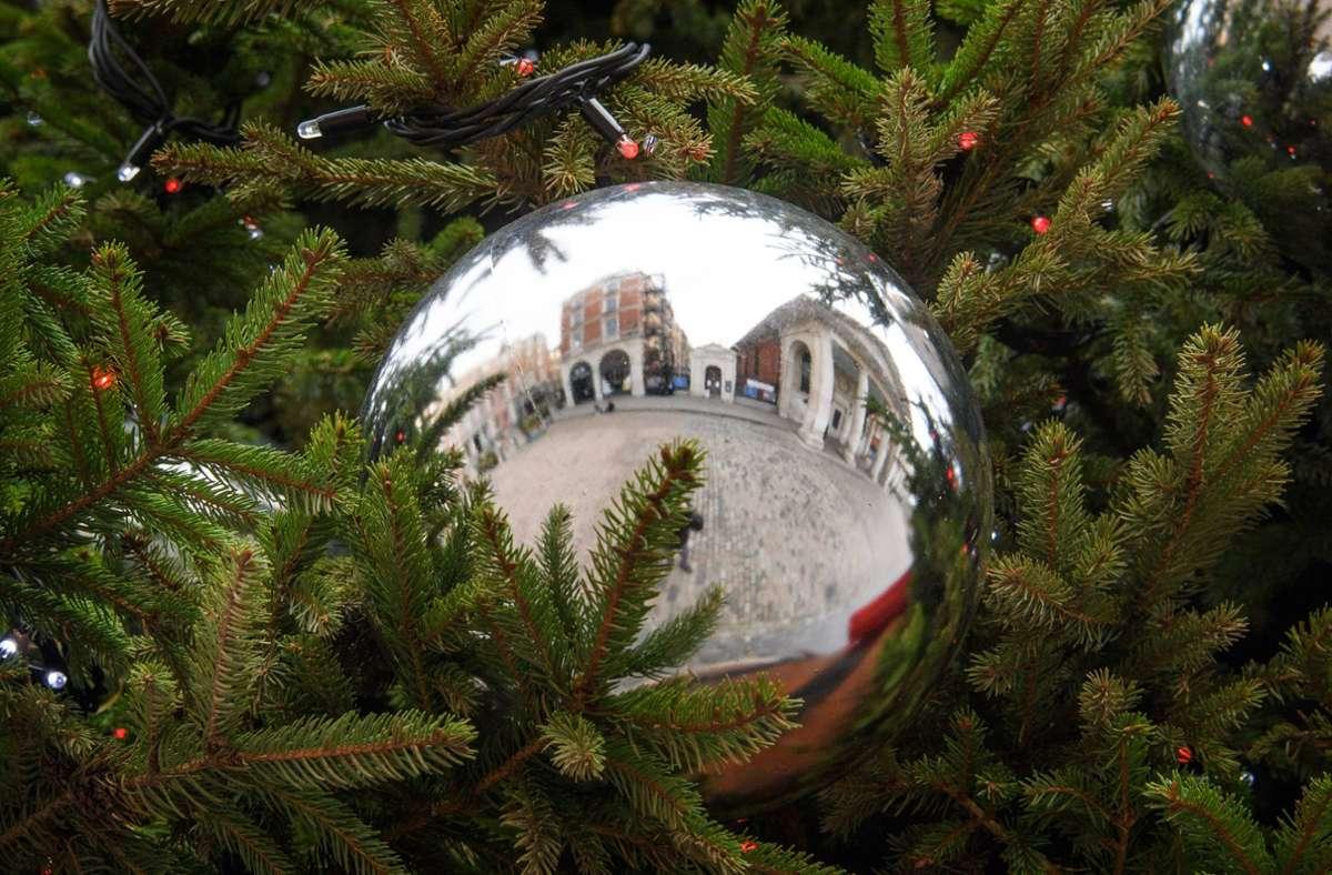 Die Weihnachtsferien werden in Baden-Württemberg verlängert. (Symbolbild) Foto: imago images/PA Images/Matt Crossick via www.imago-images.de