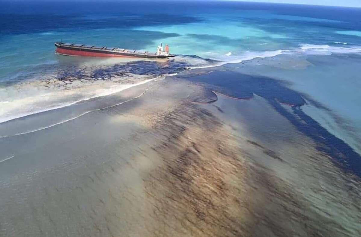 Mauritius ist weltweit als Urlaubsparadies bekannt – nun kämpft die Insel mit einer schlimmen Ölkatastrophe. Foto: AP/Georges de La Tremoille