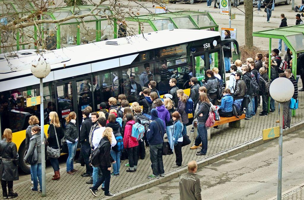 Auch in Nürtingen sollen mehr Menschen zum Busfahren gebracht werden. Foto: Horst Rudel