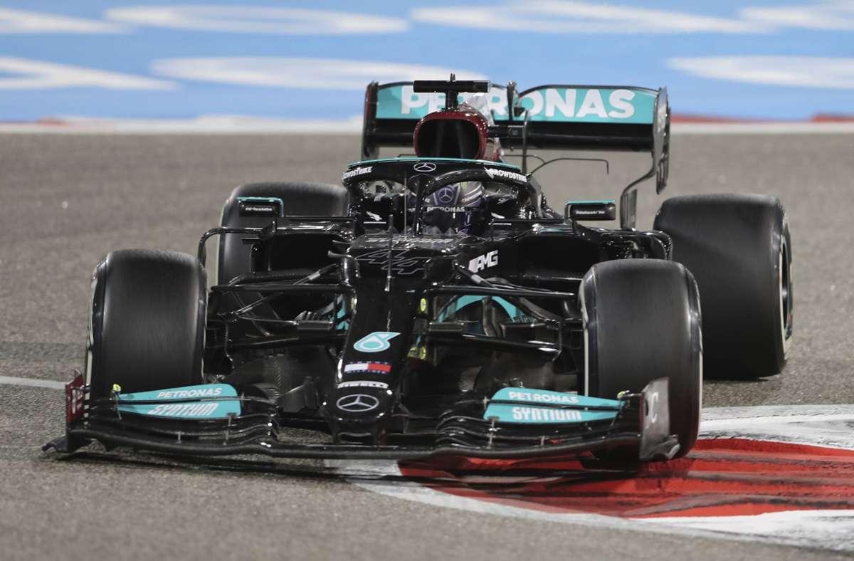 Lewis Hamilton siegte gleich zum Auftakt. Foto: dpa/Kamran Jebreili