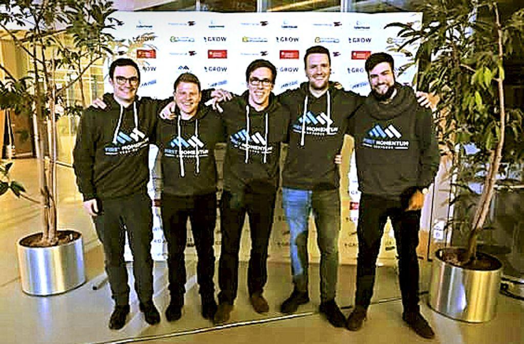 Die Teammitglieder sind zwischen 23 und 28 Jahren alt (v.l.): Alexander Kaiser, Sebastian Böhmer, Karl Lorey, Benedikt Stolz, Andreas Fischer Foto: First Momentum Ventures