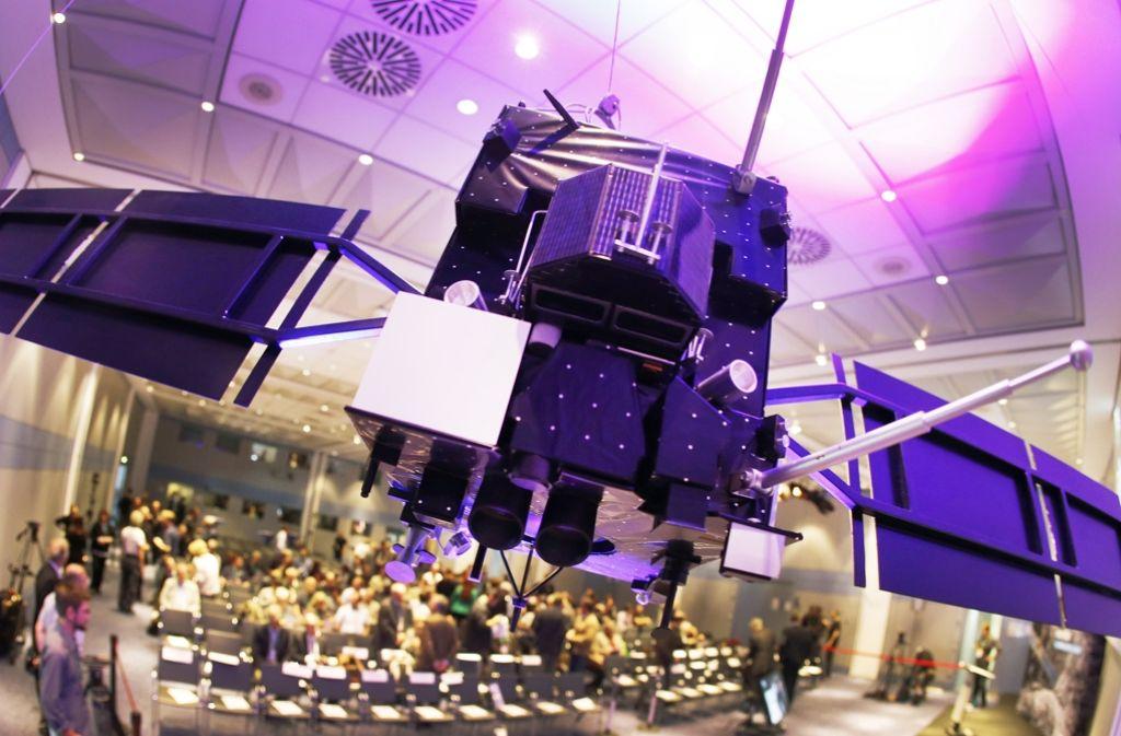 """Ein Modell von """"Rosetta"""" – das Original ist auf dem Kometen """"Tschuri"""" gelandet. Foto: AP"""