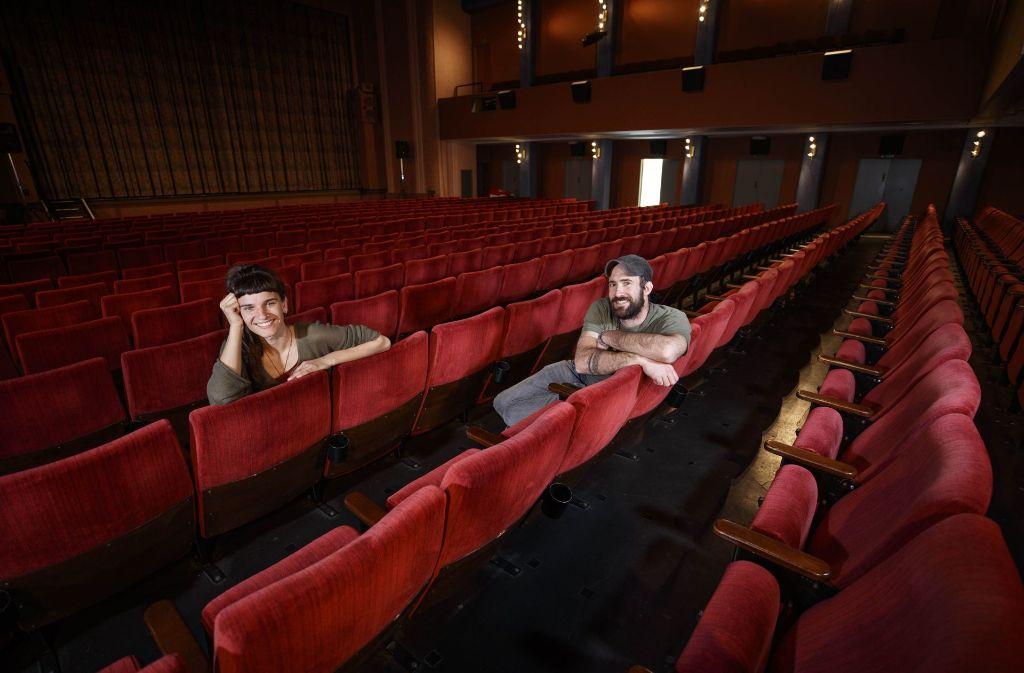 Gwen Weisser (24) und Patrick Allgaier (33)  touren zurzeit durch deutsche Kinos. Foto: Gottfried Stoppel