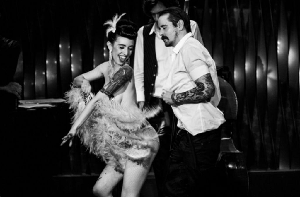 Swingende Songs und Burlesque im Bix. Foto: G. Koelmel (FTGRF.de)