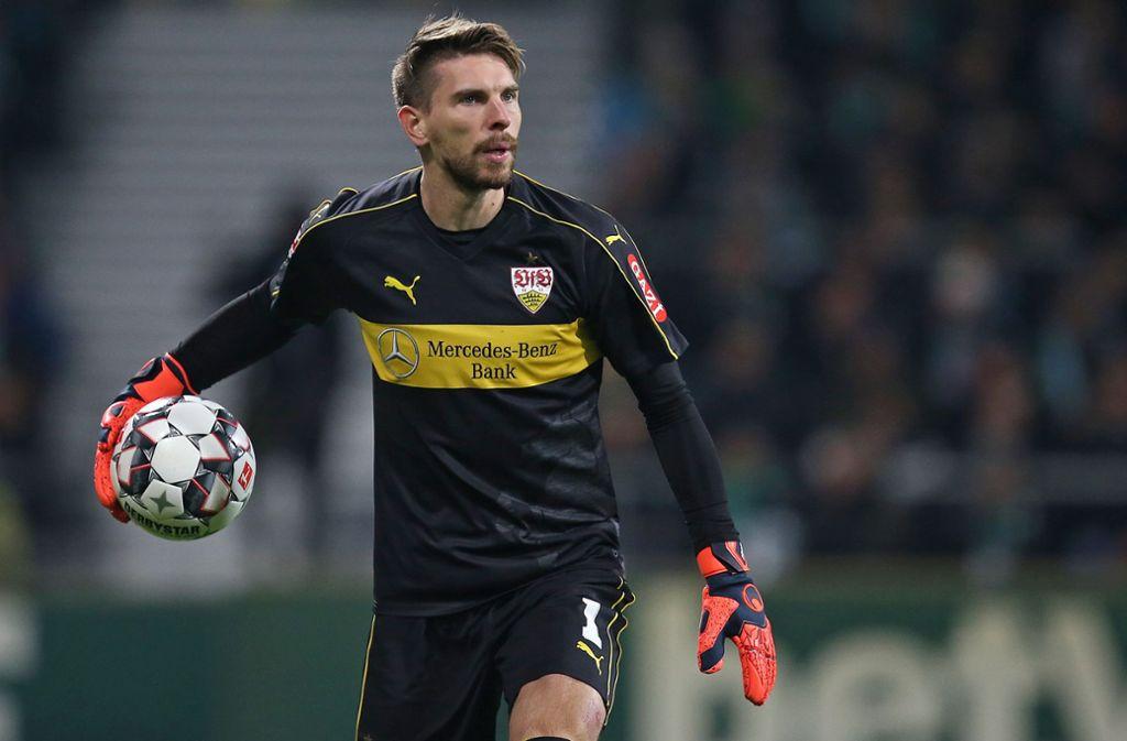 Für Ron-Robert Zieler zählt nur der VfB Stuttgart, alles andere blendet er aus. Foto: Baumann