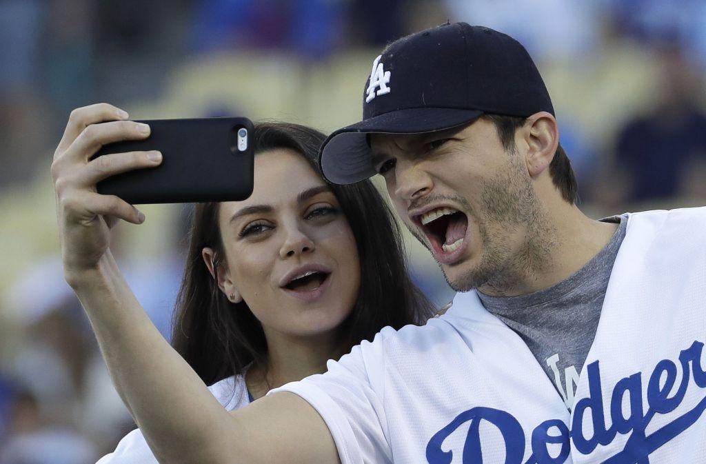 Mila Kunis und Ahston Kutscher sind zum zweiten Mal Eltern geworden. Foto: AP