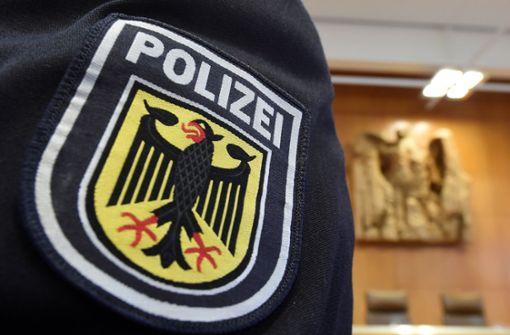 Ermittlungen gegen Bundespolizisten wegen Hitlergrußes