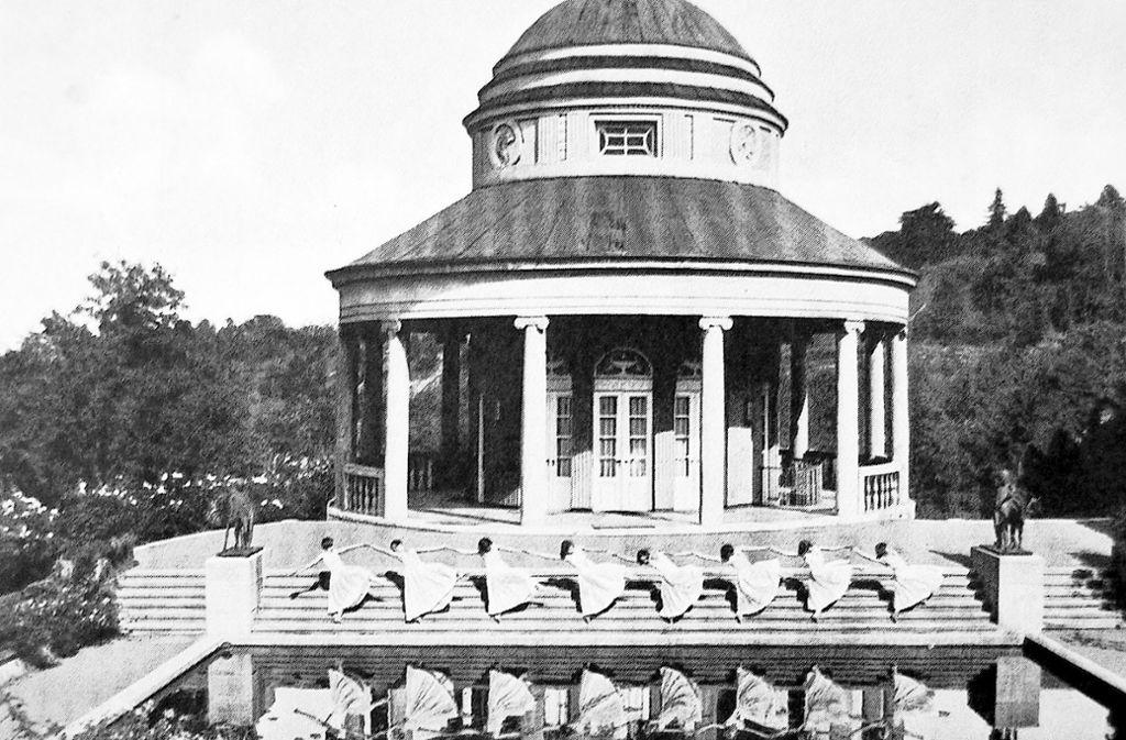 Ausdruckstanz in den 1920ern am Teehaus im damals noch privaten und nicht öffentlich zugänglichen Weißenburgpark des Unternehmers Ernst von Sieglin. Foto: Arthur Ohler