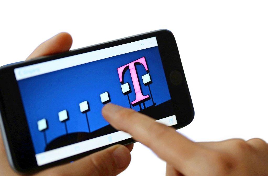 Die Telekom will für einen besseren Empfang sorgen. Foto: dpa