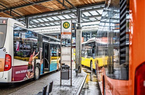 Busverkehr: Stadt greift zum Steuer