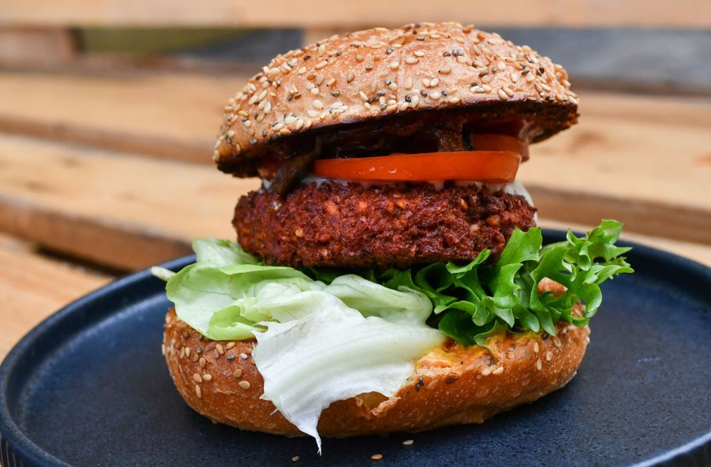 Ob im neuen Imbiss in der Uhlandstraße in Backnang auch vegane Burger verkauft werden, ist noch nicht bekannt (Symbolbild). Foto: dpa