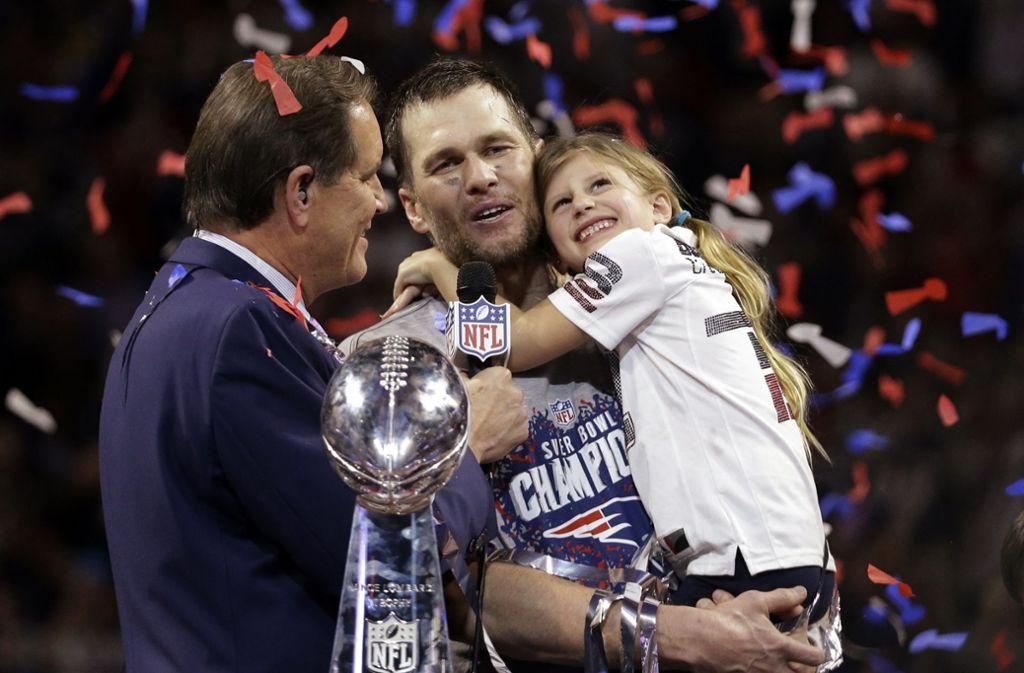 Tom Brady gewann mit den Patriots insgesamt sechsmal den Super Bowl, unter anderem auch in diesem Jahr. Foto: AP