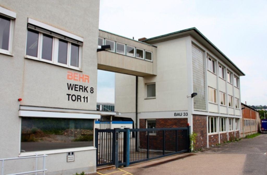 Ende 2010 hat die Firma Behr ihre Kühler-Produktion im Werk 8 eingestellt. Nun sind die ersten Kreativen an der Siemensstraße 136 und 140 eingezogen. Foto: Torsten Ströbele