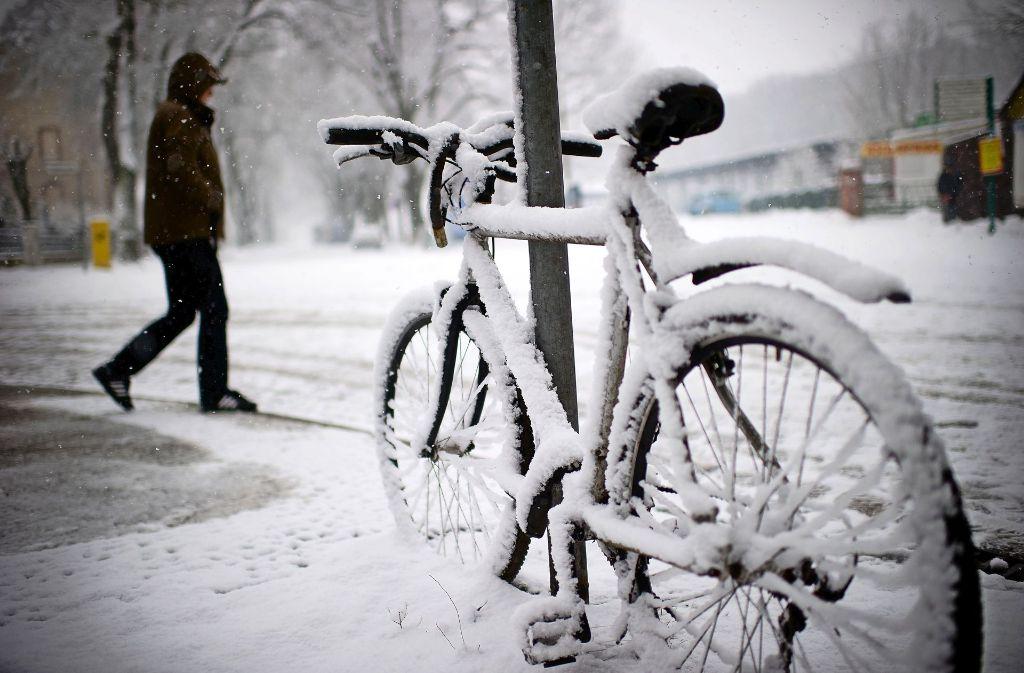 Auch im Winter kann man  Rad fahren. Foto: dpa