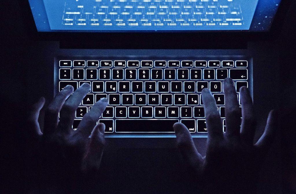 Kriminelle nutzen gut geschützte Bereiche des Internets, um ihre Geschäfte abzuwickeln. Foto: dpa