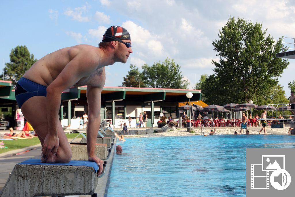 Christoph Burkard beim Training im Rottweiler Freibad. Foto: red