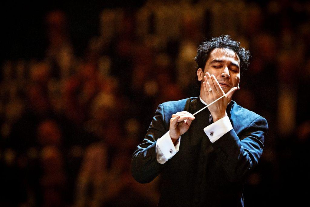 Andrés Orozco-Estrada dirigiert die Filarmónica Joven de Colombia. Foto: Werner Kmetitsch