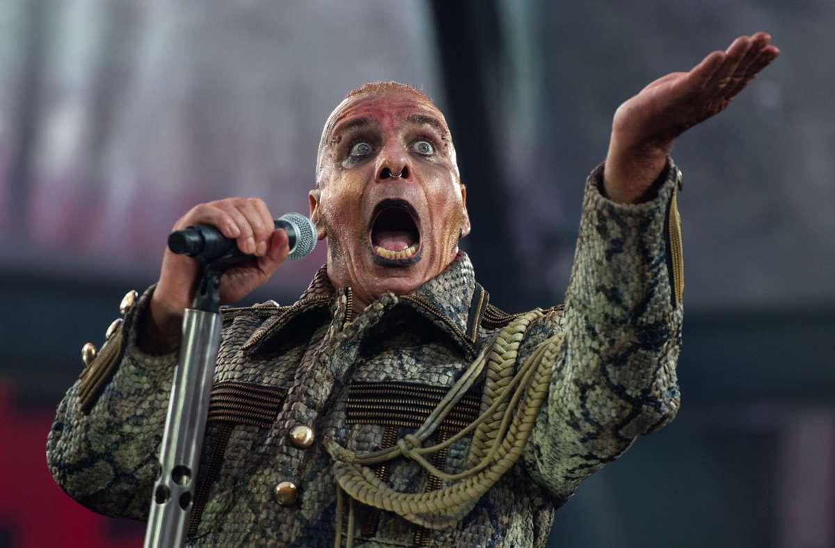 Till Lindemann bei der Rammstein-Tour 2019 Foto: picture alliance/dpa/Christophe Gateau