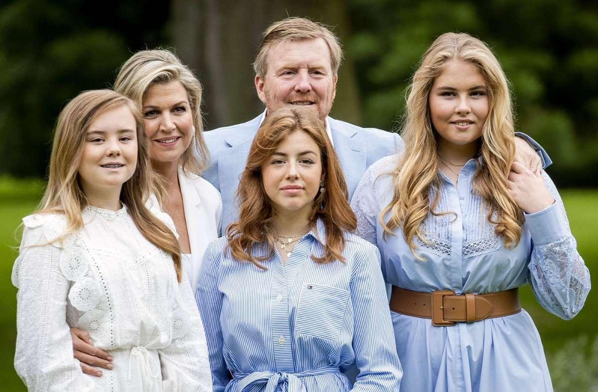 Prinzessin Alexia (Mitte) ist die mittlere der drei Töchter von Königin Màxima und König Willem-Alexander. Foto: imago images/Hollandse Hoogte