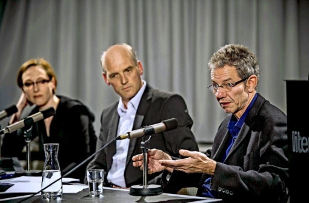 Was hat das Attentat verändert?  Der StZ-Korrespondent Axel Veiel (rechts) mit dem StZ-Politikchef Rainer Pörtner und der Karikaturistin Katharina  Greve. Foto: Lichtgut/Max Kovalenko