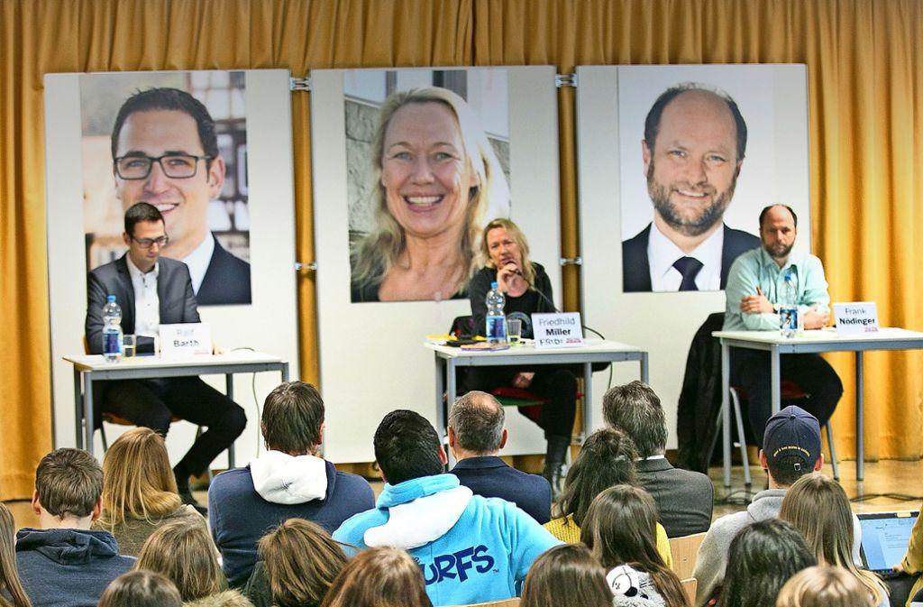 Die Denkendorfer Bürgermeister-Kandidaten auf dem Prüfstand. Foto: Horst Rudel