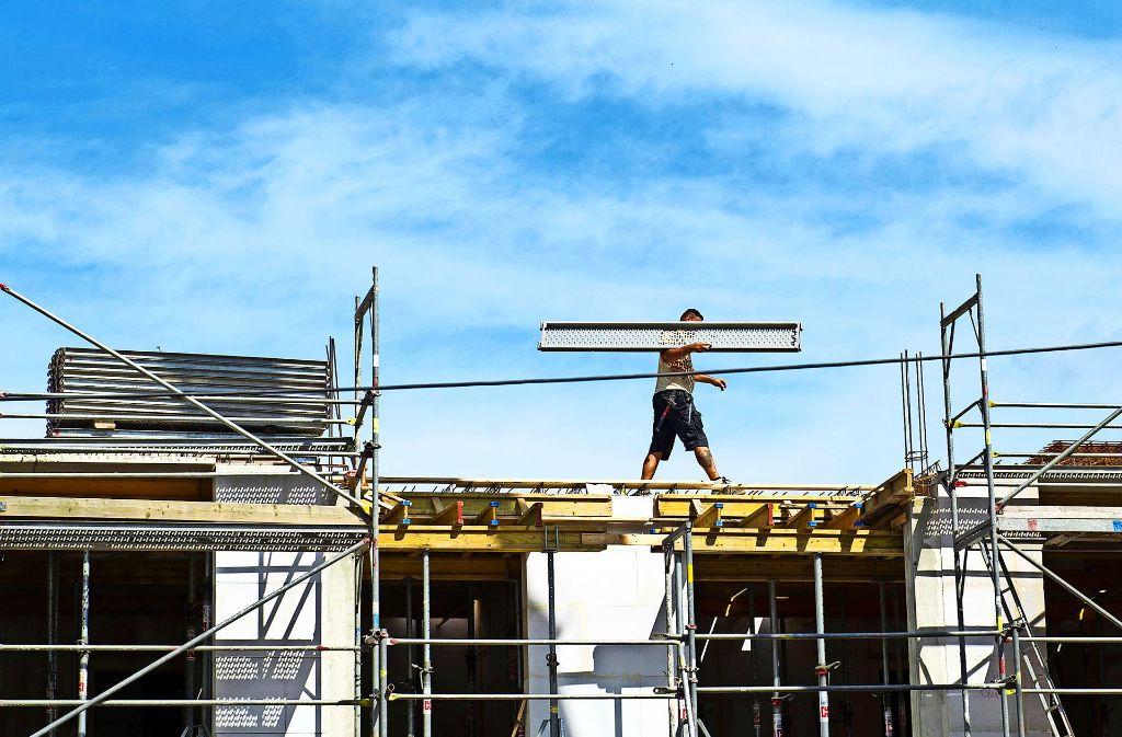 Es wird wieder mehr gebaut in Baden-Württemberg, doch viele Menschen finden trotzdem keine Wohnung. Foto: dpa-Zentralbild
