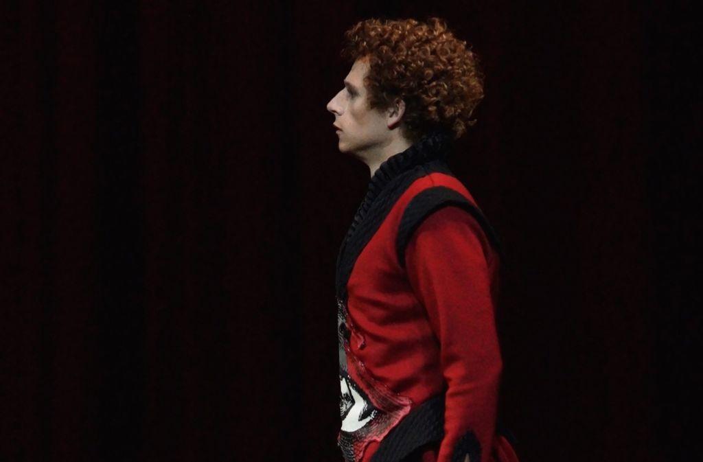 """Paul Schweinester als Laertes in """"Amleto"""" Foto: dpa/BREGENZER FESTSPIELE"""