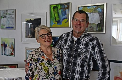 """Marlis G. Schill unterstützte ihren Mann Peter Schmidt bei der Arbeit an seinem zweiten Buch """"Großer Ozean"""". Foto: Sabrina Höbel"""