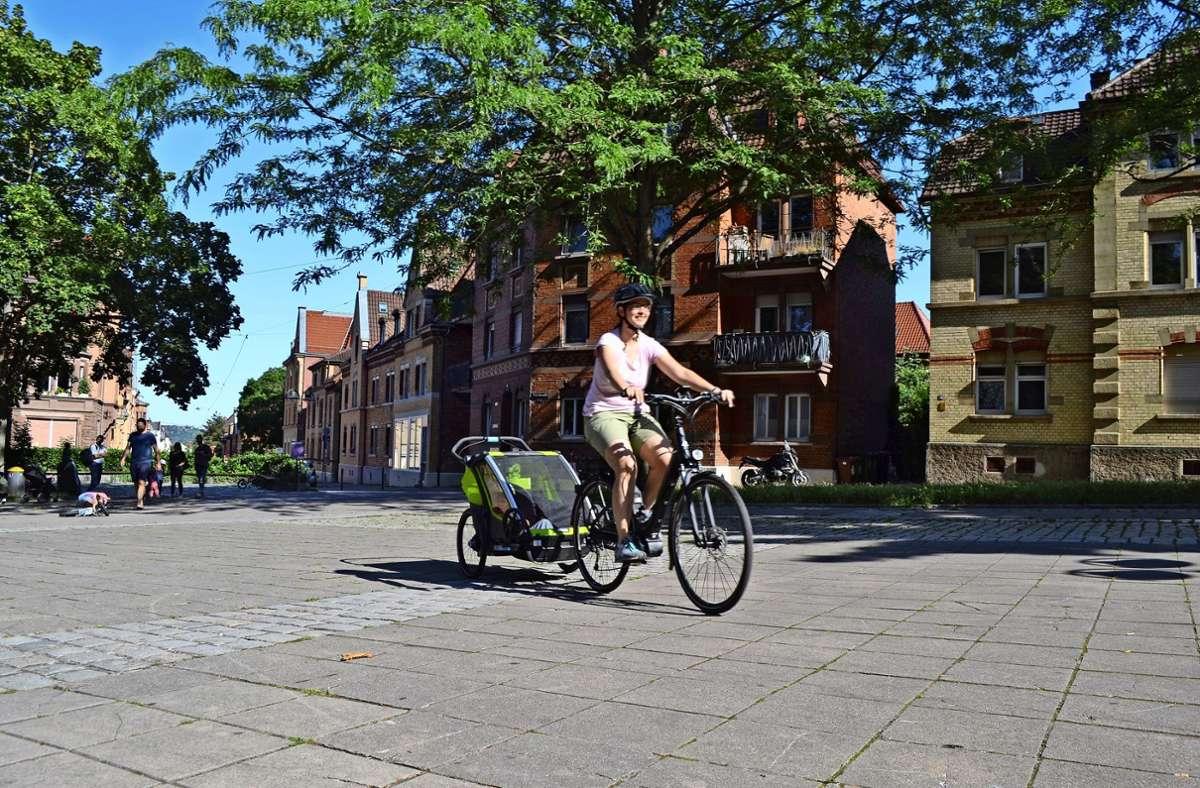 Per Fahrrad durch den Osten (hier auf dem Lukasplatz): Da gibt es aktuell noch einige Hürden zu überwinden. Foto: /Thomas  Graf-Miedaner