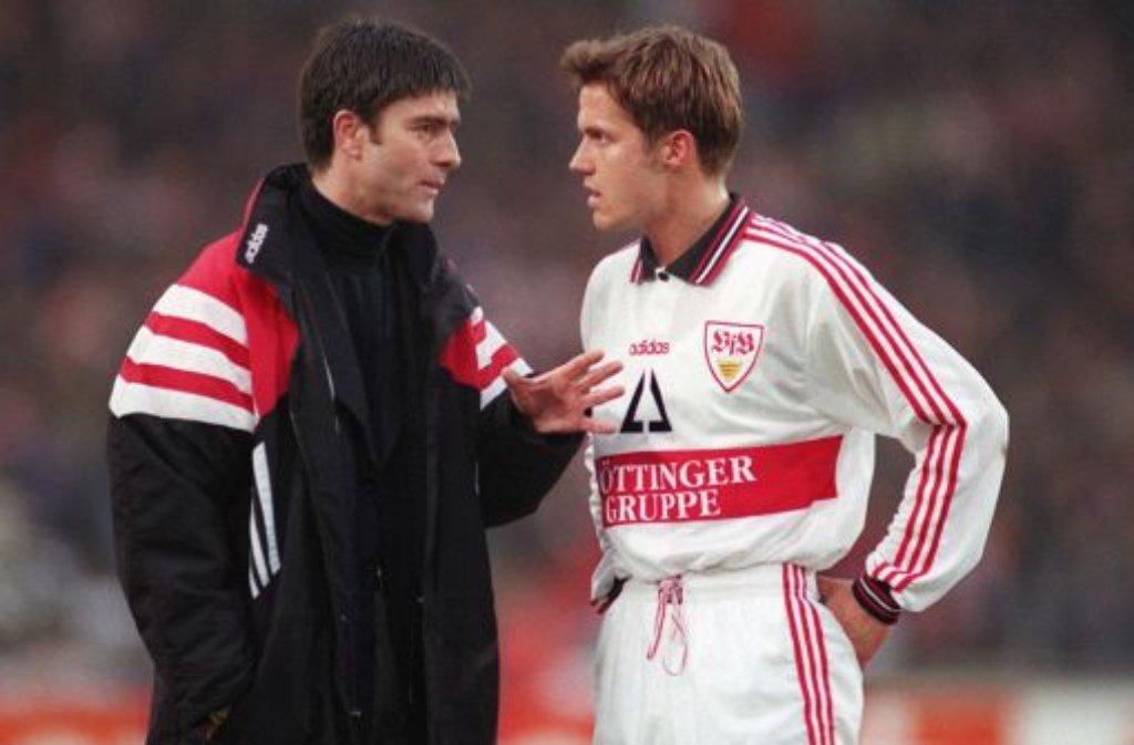 Vom geschassten Trainer beim VfB Stuttgart zum Co-Trainer der deutschen Nationalmannschaft: Thomas Schneider steht bald wieder an der Seite von Joachim Löw (links). Foto: Pressefoto Baumann