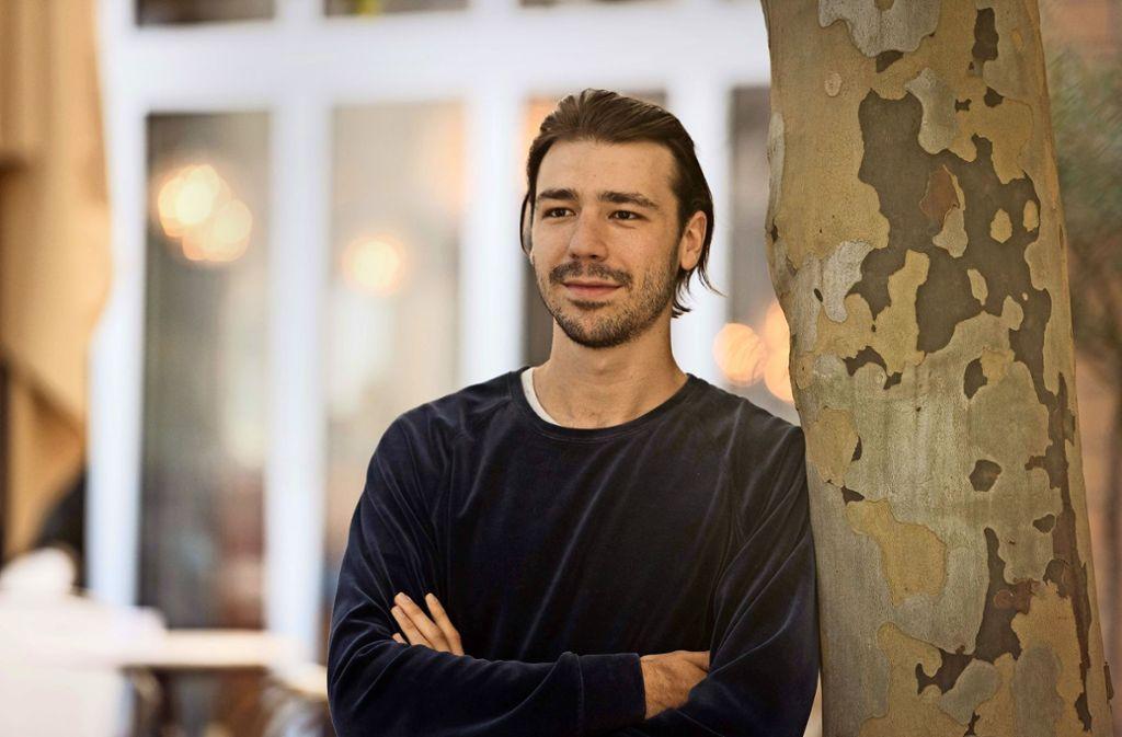 Milan Gather (25) liebt die direkten, ehrlichen Reaktionen eines jungen Publikums. Foto: Lichtgut/Max Kovalenko