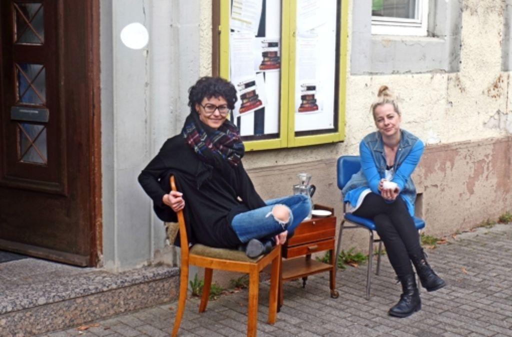 Alexandra Strößner und Anja Kittler  lieben es, zu netzwerken. Foto: Kathrin Wesely