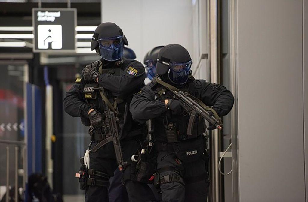Rund 1000 Einsatzkräfte sowie Statisten und Beobachter sind an der Übung beteiligt (Symbolbild). Foto: Bundespolizei