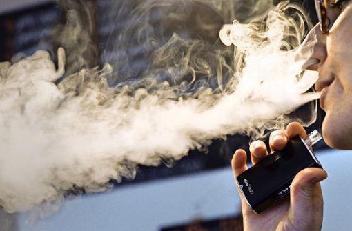 E-Zigaretten bleiben von der Steuer  verschont Dampfer können aufatmen