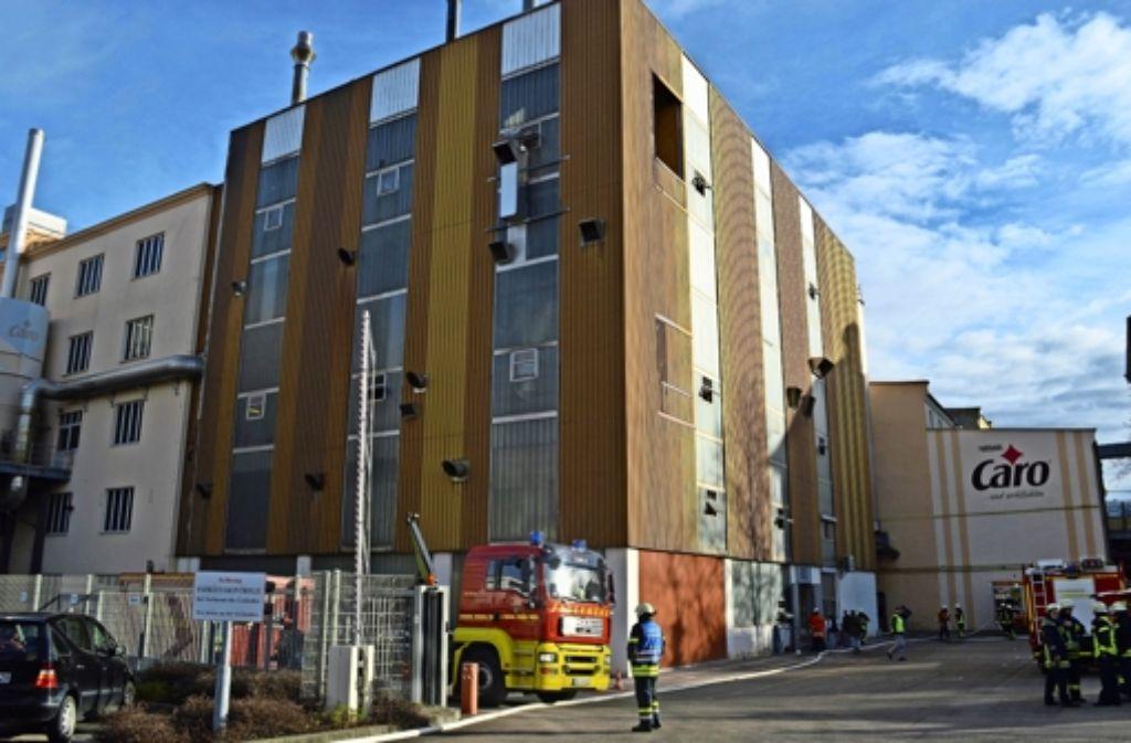 Das Nestlé-Werk in Ludwigsburg: stundenlang brannte Getreide in einem Silo auf dem Gelände. Foto: SDMG