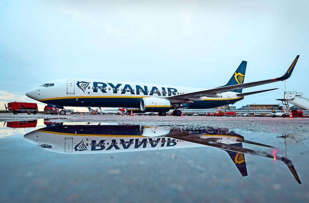 In Deutschland stimmen die Ryanair-Piloten in der Vereinigung Cockpit bis  Ende Juli über einen unbefristeten Streik ab. Foto: dpa