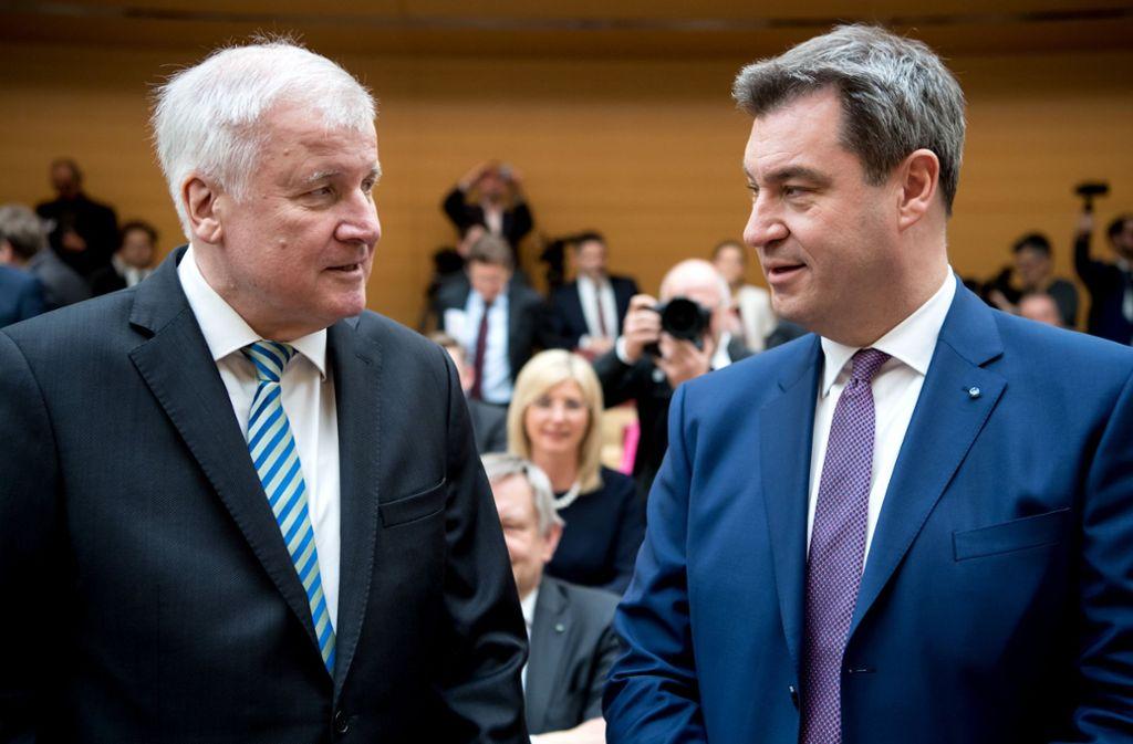 Sind sich bei der Rolle des Islams in Deutschland einig: Horst Seehofer (links) und Markus Söder. Foto: dpa