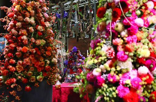 Fantasien aus Blumen locken die Besucher an