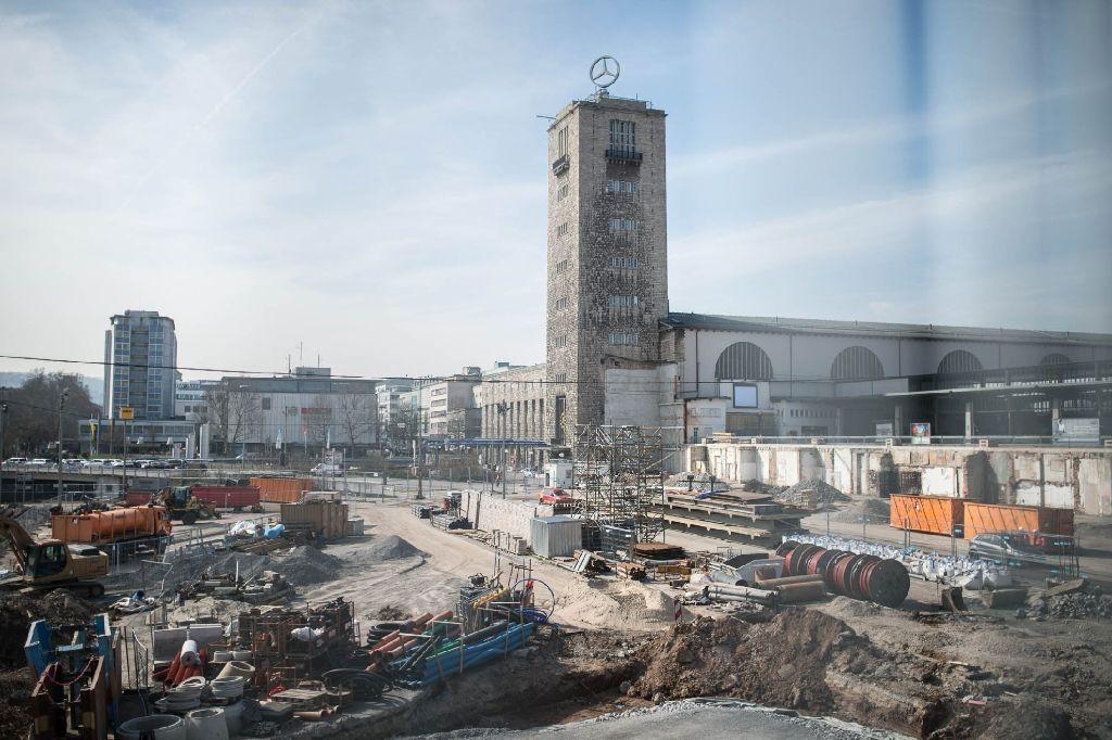 Den Stuttgarter Hauptbahnhof im Fokus: Hier sind die neuesten Bilder der Stuttgart-21-Bauarbeiten. Foto: www.7aktuell.de | Florian Gerlach