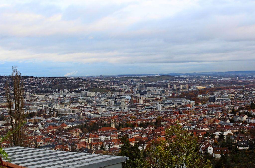 Diesen Blick auf den Stuttgarter Talkessel sollen die künftigen Besucher das Panorama-Cafés genießen. Foto: Tilman Baur