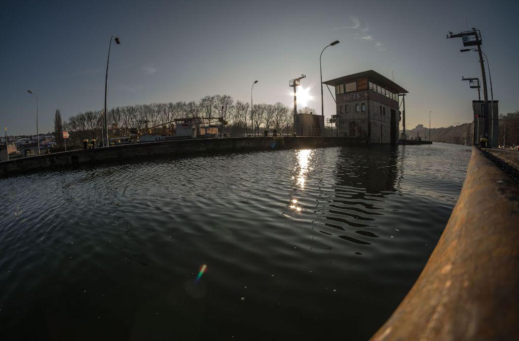 Die EnBW plant Castortransporte auf dem Neckar Foto: Lichtgut/Max Kovalenko