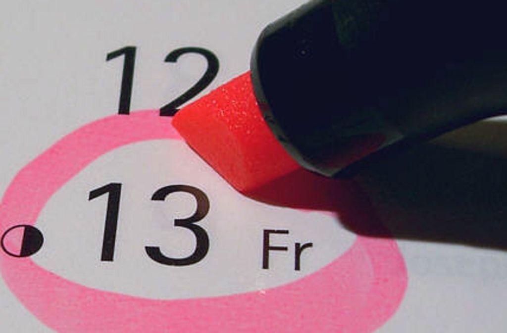 Freitag, der 13. gilt im Volksglauben als ein Tag, an dem besonders viele Unglücke passieren können. Stimmt's oder stimmt's nicht? Foto: Wikipedia commons//GDFL
