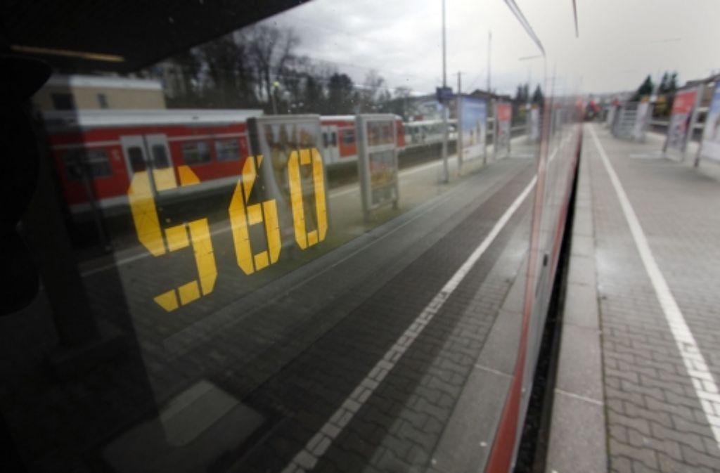 Die S60 ist einen neue Linie im Netz der Region Stuttgart. Gleichzeitig wird die S4 über ihren bisherigen Endpunkt hinaus verlängert. Foto: factum/Granville