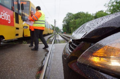 Stadtbahncrash sorgt für Verkehrsbehinderungen