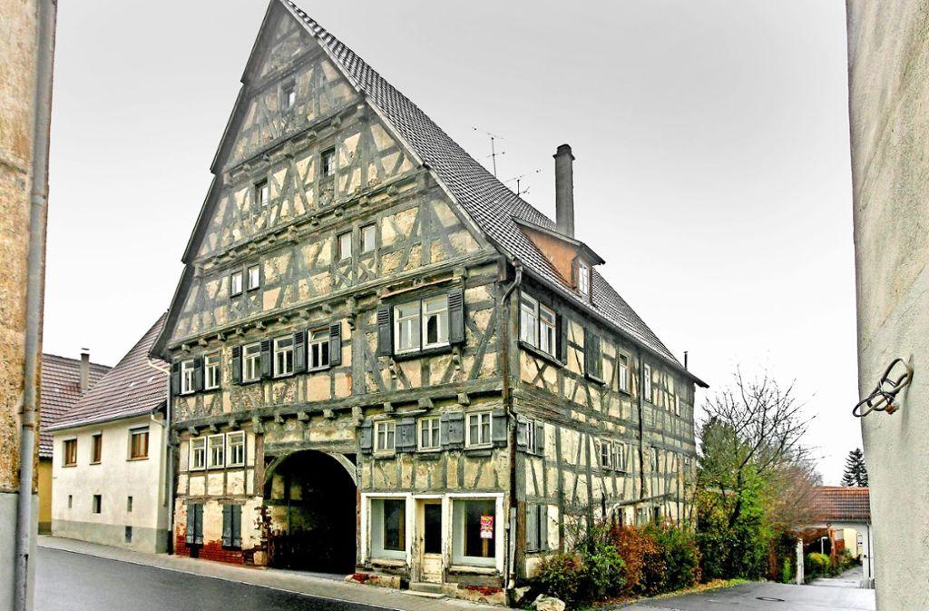 In dem Gebäude in der Königstraße befand sich bis Ende der 1990er Jahre noch ein Tante-Emma-Laden. Foto: factum/Bach