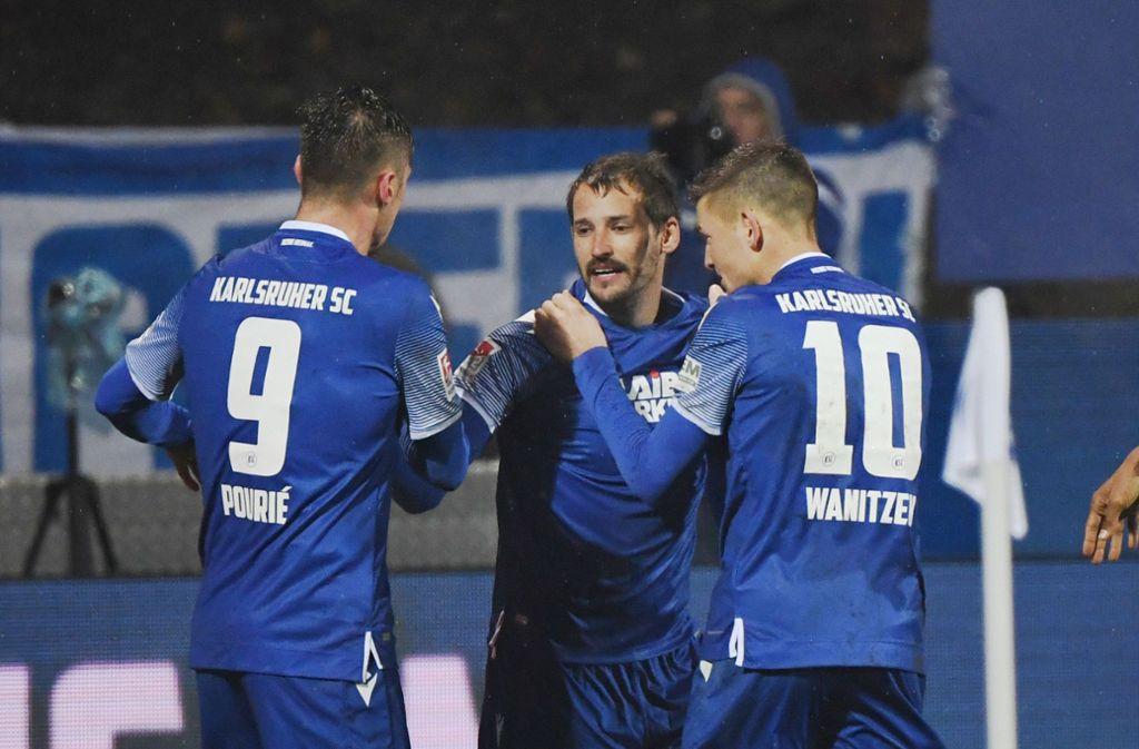 Der Karlsruher SC kann in der 2. Fußball-Bundesliga offenbar nicht mehr gewinnen. Foto: dpa/Uli Deck