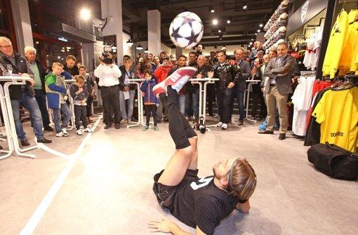 Bei Breitmeyer dreht sich alles um das Thema Fußball. Foto: Baumann