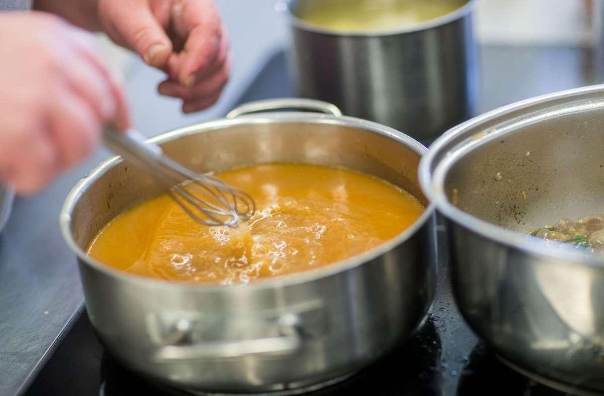 Bei Frau L. gibt es nur selbst gekochte Speisen. Foto: picture alliance/dpa