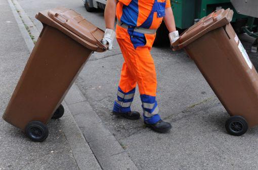 Falschparker behindern die Müllabfuhr
