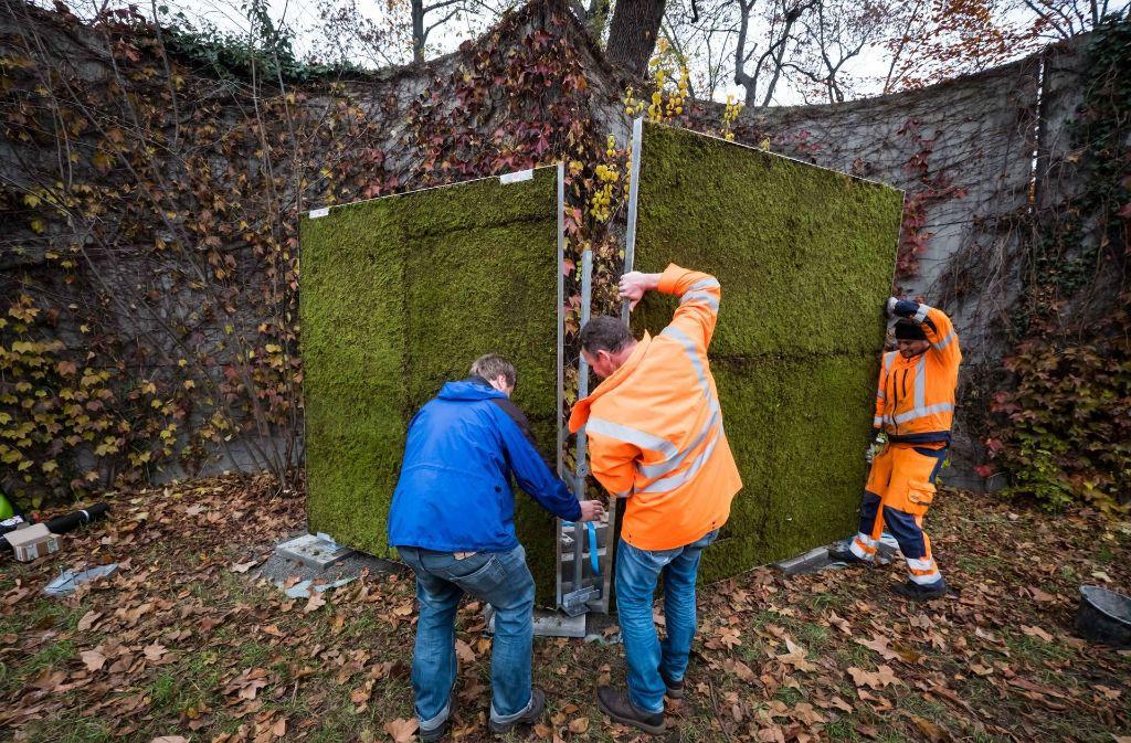 Unweit von Deutschlands schmutzigster Kreuzung wird von Mittwoch an in Stuttgart eine 100 Meter lange und drei Meter hohe Metallwand mit Moosmatten behängt. Foto: Lichtgut